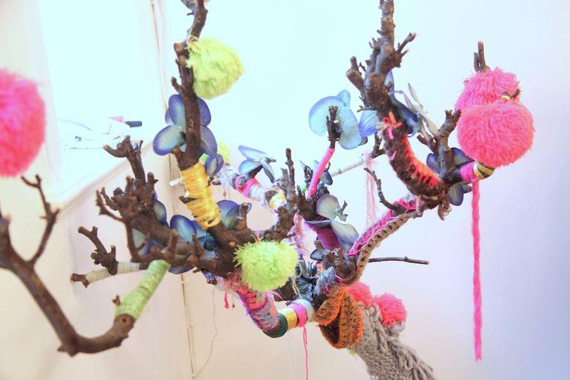 Celia 手工编织装饰树